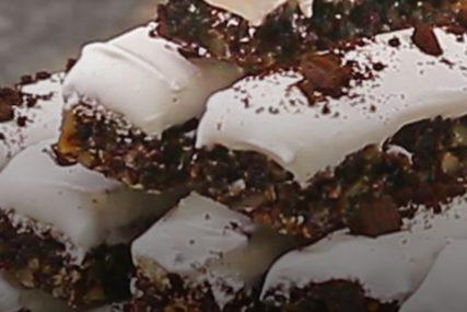 POSLASTICA KOJA ĆE VAS ODUŠEVITI Crno bijela bajadera torta sa Oreo keksom
