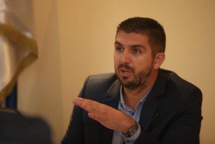 Kremenović: Kada je OŠAMARIO KOLEGINICU Čizmović nije bio u funkciji advokata već STRANKA U POSTUPKU
