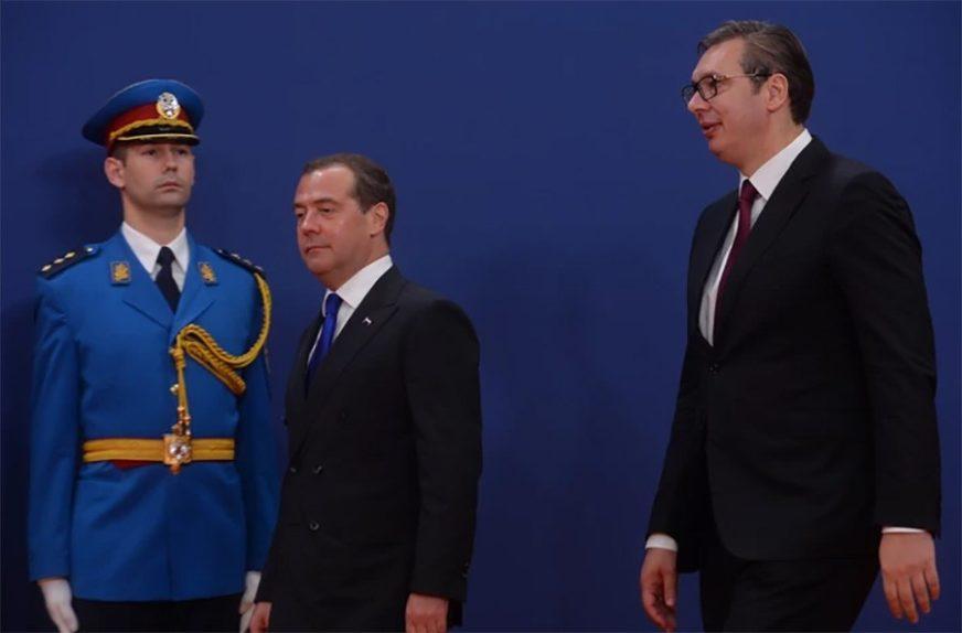 PODRŠKA RUSIJE Vučić i Medvedev razgovarali o rješavanju pitanja Kosova i Metohije