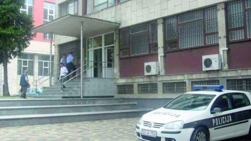 U DŽEP STAVILA 92.000 KM Bivša direktorka Doma zdravlja optužena za nezakonito zapošljavanje