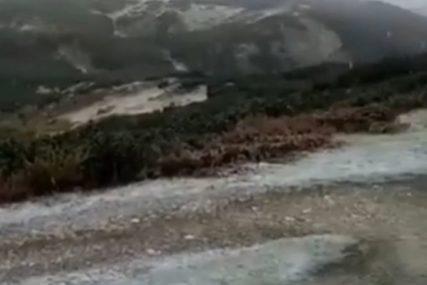 U toku evakuacija državljanke Slovenije sa Durmitora: Nakon davanja koordinata nastavila kretanje, pa otežala potragu