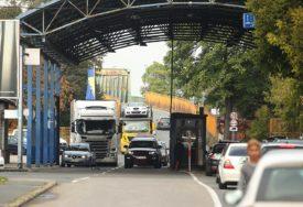 Gužve na ulazu u BiH: Pojačan saobraćaj na četiri granična prelaza
