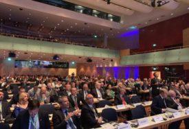 FOKUS NA ZAPADNI BALKAN I UKRAJINU Predsjednik Skupštine grada na Samitu Evropskih regija i gradova