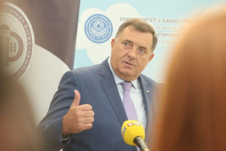 Dodik: Za Republiku Srpsku važno da se u Srbiji grade auto-putevi