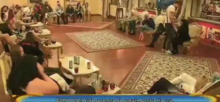 """""""DOTAKLI SU DNO DNA"""" Prostitutka oralno zadovoljila učesnika Parova u programu UŽIVO"""