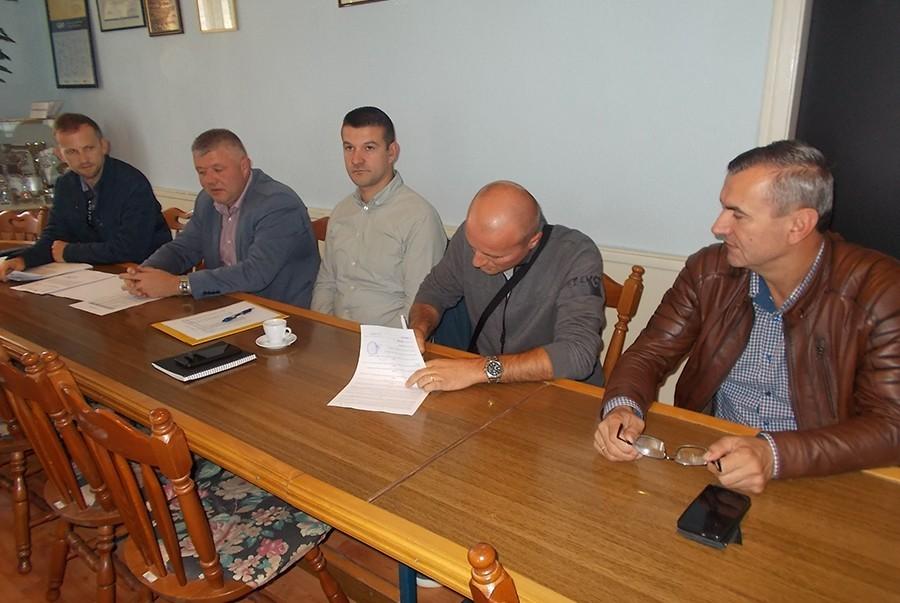 VRIJEDNOST UGOVORA 763.000 KM Grade kuće za hrvatske povratnike u Kotor Varošu