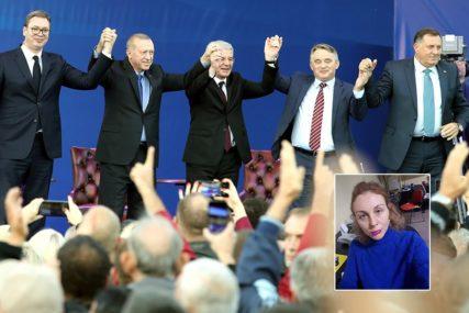 Ljubav političara
