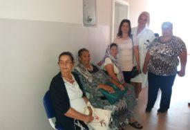 """""""ODGOVORNE PREMA SVOM ZDRAVLJU"""" Ljekarski pregledi za žene i djecu iz romskih porodica"""