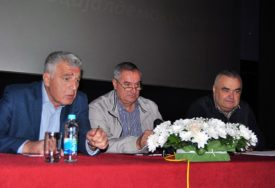 Višković: Gradski odbor SNSD Zvornik stabilan, ali treba dati šansu mlađim