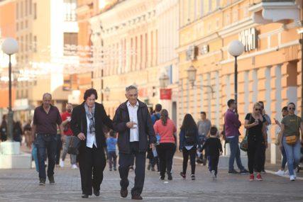 Spustili se među narod U LOVU NA GLASOVE: Promjena taktike na političkoj sceni u Srpskoj