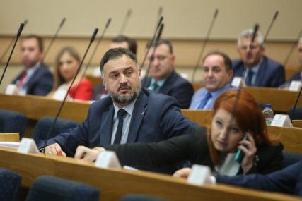 Žunić: Stanivuković i Vukanović nisu ni došli u NSRS da se bave temom, već da izazovu incident