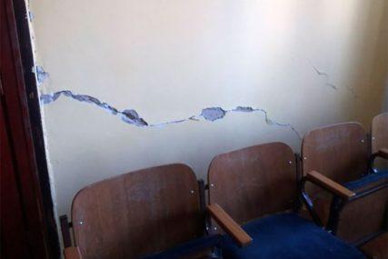 UČENICI BJEŽALI U PANICI U zemljotresu najviše stradala nevesinjska Muzička škola (FOTO, VIDEO)