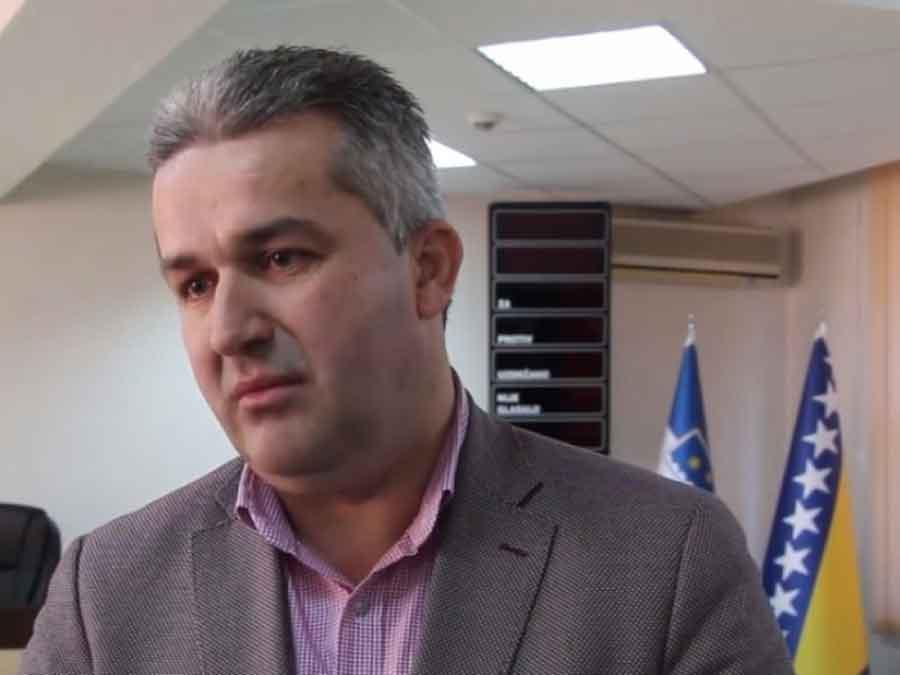 PORNO AFERA GA KOŠTALA FUNKCIJE Smijenjen predsjedavajući Skupštine USK Agan Bunić