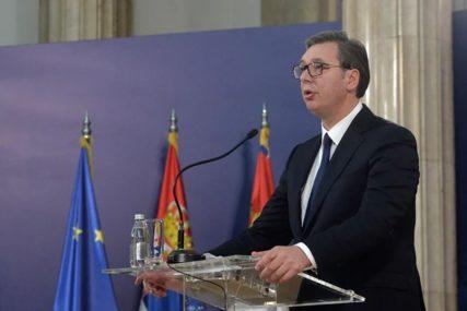 """""""SA TUGOM GLEDAMO SLIKE RAZARANJA"""" Vučić uputio saučešće i ponudio pomoć Albaniji"""