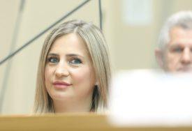 """""""NIJE VRIJEME DA SE BAVIMO ĐOKIĆEM"""" Dorićeva poručuje da je odluka suda očekivana"""