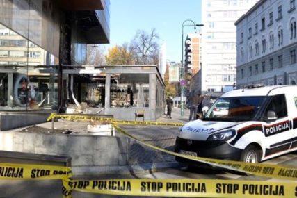VELIKA ŠTETA OD EKSPLOZIJE PLINSKE BOCEPolicija osigurava zgarište BBI centra u Sarajevu
