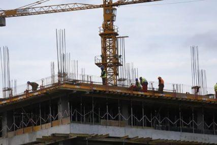 NESREĆA U NIŠU Teško povrijeđen radnik na gradilištu