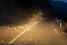 VOZAČI OPREZ Na putu prema Vlašiću VELIKI ODRONI nakon zemljotresa (VIDEO)