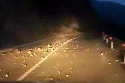 Klizišta i odroni u Srbiji: Krateri otežavaju saobraćaj