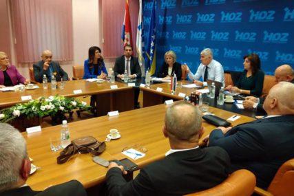 HDZ plaćala hotele i onima koji nisu njeni članovi: Šta je otkrila revizija stranaka u BiH