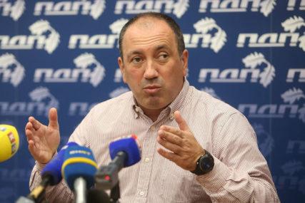 """Crnadak kritikovao predsjednicu Srpske """"Nastup je bio neprikladan čak i za kafanske rasprave"""""""