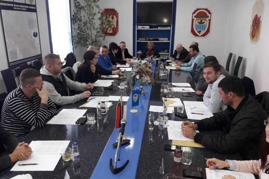 LIČNI INTERESI IZNAD NARODNE VOLJE Skupštinske većine u Ljubinju se smjenjuju KAO NA TRACI