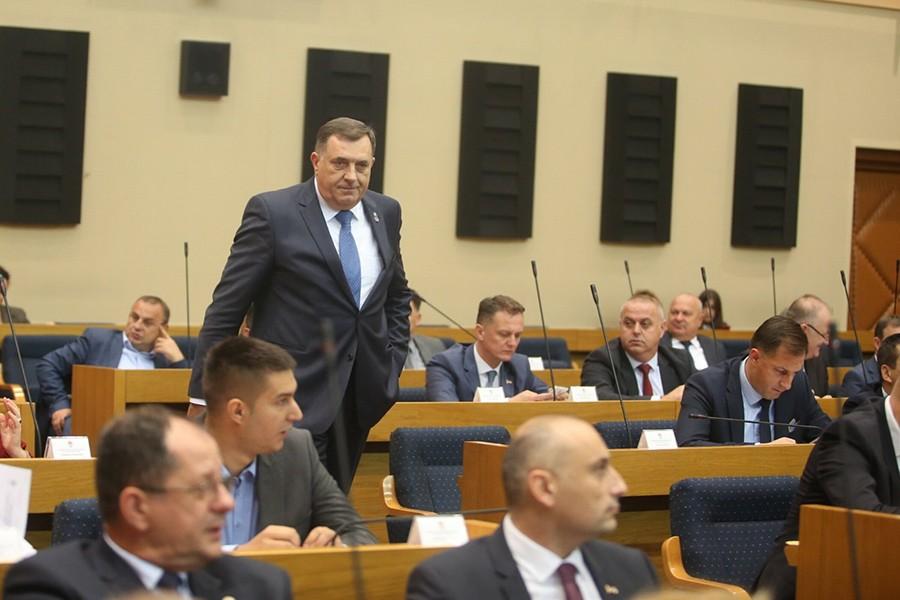 Dodik: Novi poslovnik o radu NSRS uvodi više reda
