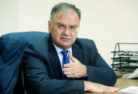 SPREMA MU IZNENAĐENJE Ivanić: Dodik želi da skrene pažnju sa priče o nabavci mobilne bolnice