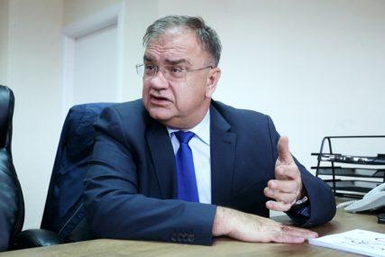 """""""Dodik i Izetbegović su se dogovorili da pričaju o ratu i razlazu"""" Ivanić opleo po liderima SNSD i SDA"""