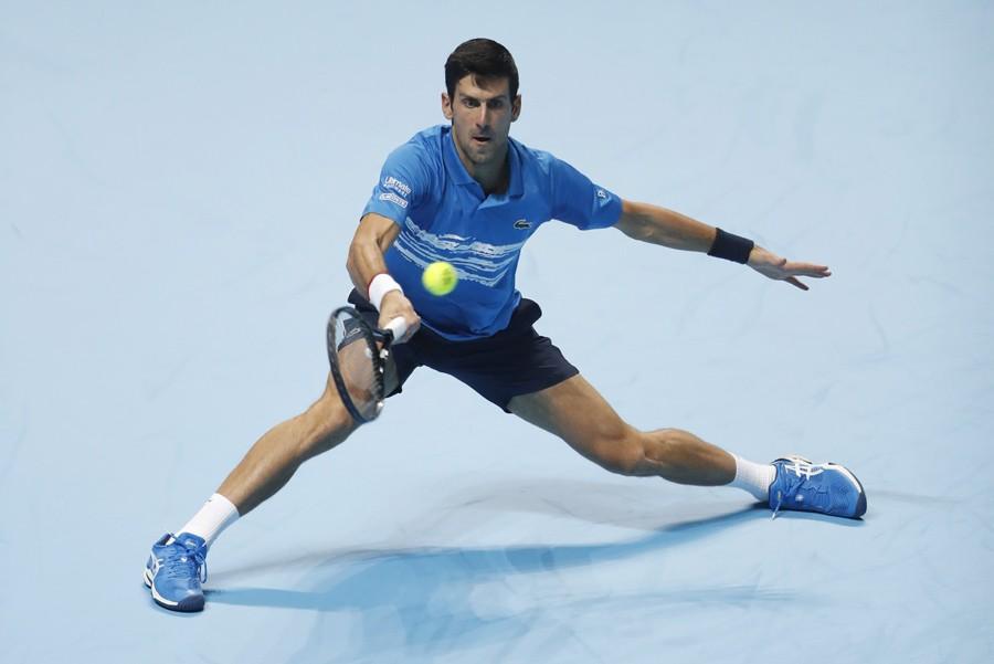DRAMA U LONDONU Đoković pao u taj-brejku, protiv Federera za polufinale