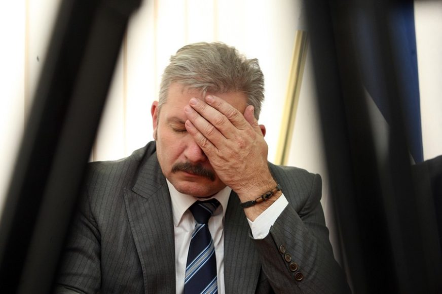 MUČILI I ZLOSTAVLJALI ZAROBLJENIKA Dodikov bivši savjetnik optužen za ratni zločin