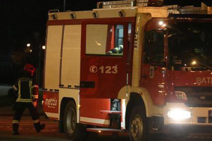 BUKTINJA U DOBOJU Požar u soliteru, vatrogasci spriječili katastrofalne posljedice