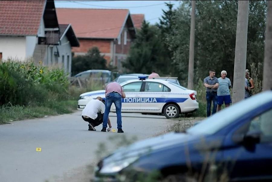 Građani uz pomoć viljuškara izvukli mladića: Teška nesreća, muškarac kvadom udario u BMW, pa podletio pod točkove