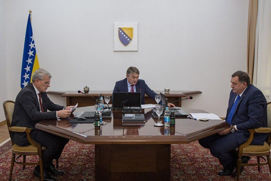 IMENUJU, NIŠTA NE PROVJERAVAJU Revizori zamjerili Predsjedništvu BiH način izbora ambasadora