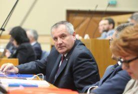 Premijer Srpske Radovan Višković OBJASNIO: Dobrovoljni penzijski fondovi mogu biti INVESTICIONI