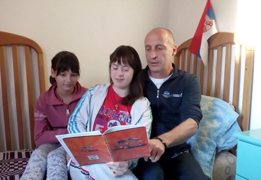 """""""INKLUZIJA NE POSTOJI"""" Ispovijest oca čija djevojčica ima Daunov sindrom otkriva BOLNU ISTINU"""