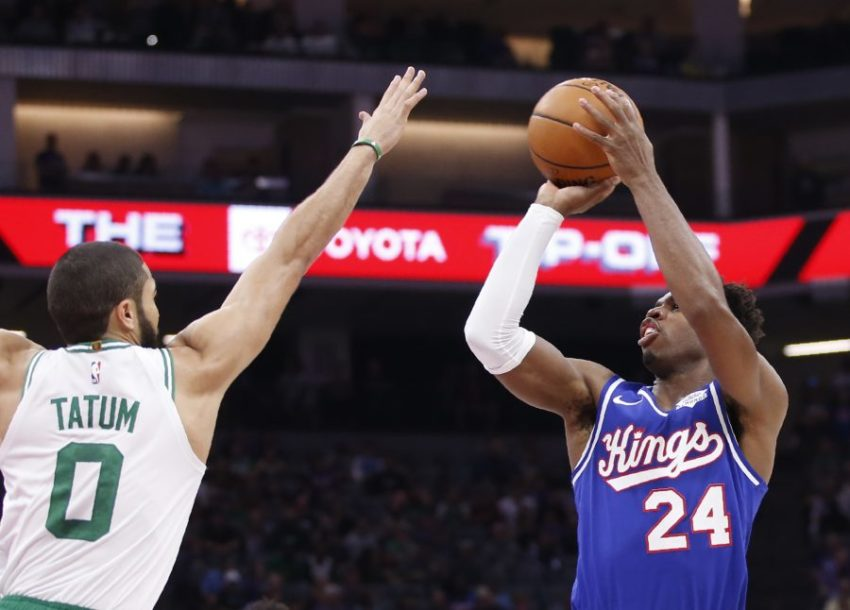 NBA LIGA NE PRAŠTA Zbog šutiranja lopte kazna 25.000 dolara