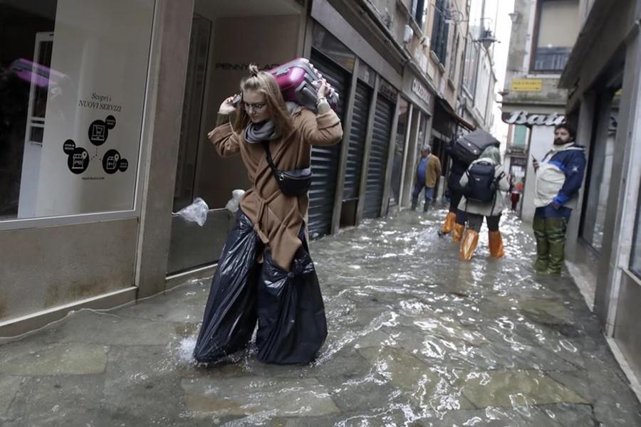 BUJICE U VENECIJI OSTAVILE POSLJEDICE U poplavama oštećena stara vizantijska bazilika