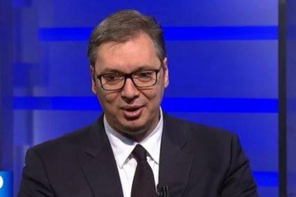"""""""NA APARATIMA BIO DVA DANA"""" Saopštene nove informacije o zdravstvenom stanju Vučića"""