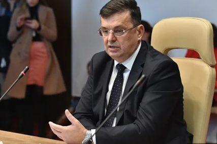 """""""OČIGLEDNO NEUPUĆEN"""" Poslanik PDP tvrdi da Tegeltija opet pokazuje DOZU NEINFORMISANOSTI"""
