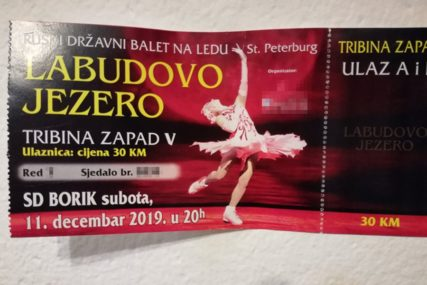 JEDAN BALET, A DVA DANA Natpis na ulaznici za spektakl na ledu ZBUNIO kupce