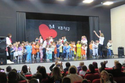 Humanitarno veče za liječenje Ivane: Nevesinjci darivali oko 3,5 hiljade KM