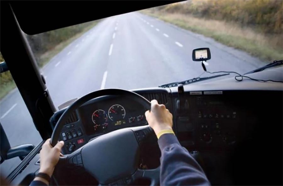 ZALUTAO NA PLANINSKOM PREVOJU Teslićka policija pronašla kamiondžiju u šumi