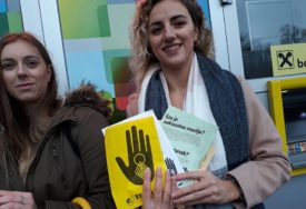 STAVITE TAČKU NA NASILJE I žene i mladići izašli na ulicu, OVO su njihove poruke
