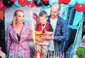 PROSLAVA ZA NASLJEDNIKA Golman Crvene zvezde sa suprugom napravio bajkovitu žurku za treći rođendan sina