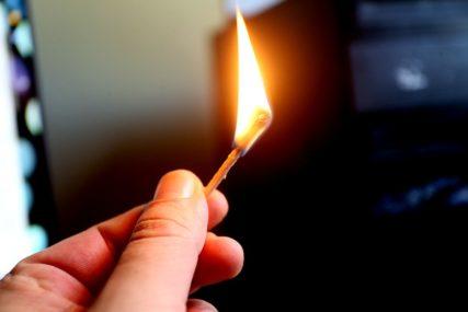 DRAMA U BOLNICI Pacijent htio da upali cigaretu, pa zapalio sebe