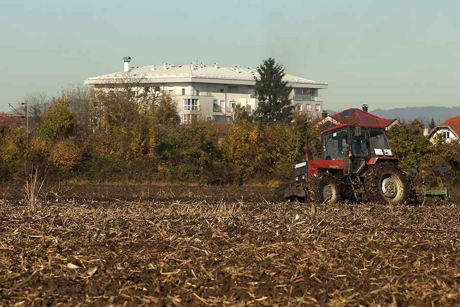 Poljoprivrednicima MILION MARAKA SUBVENCIJA za razvoj proizvodnje