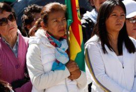 KRIZA U BOLIVIJI La Paz odsječen, građani u redovima za hranu