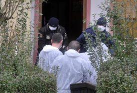 NIJE GA OMEO NI DOLAZAK POLICIJE Ispalio više rafala prema sugrađaninu, TRAGEDIJA IZBJEGNUTA ZA DLAKU