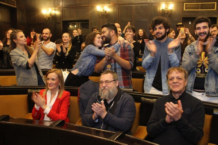 """KRUGOVRAT"" APSOLUTNI POBJEDNICI Bugarska predstava briljirala na ""Kestenburgu"" (FOTO)"